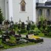 Grabanlagen im Friedhof von St. Peter