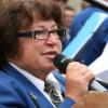 Die Präsidentin der Stadtharmoni Eintracht überbringt Glückwünsche